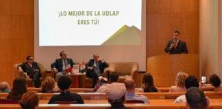 Egresado UDLAP presenta obra que cuestiona la sucursal pública y privada